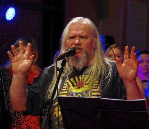 JUL MED NOLAN OG VENNER: Progmusiker og komponist Clive Nolan og hans norske venner inviterte til en annerledes julekonsert.