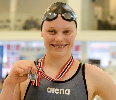 TOK SØLVMEDALJE: Oline Koolen Bjerketvedt klarte sølvmedalje på favorittdistansen 200 meter butterfly under NM langbane i Trondheim. Men hun var ikke fornøyd over innsatsen sin i norgesmesterskapet likevel.  ALLE ARKIVFOTO