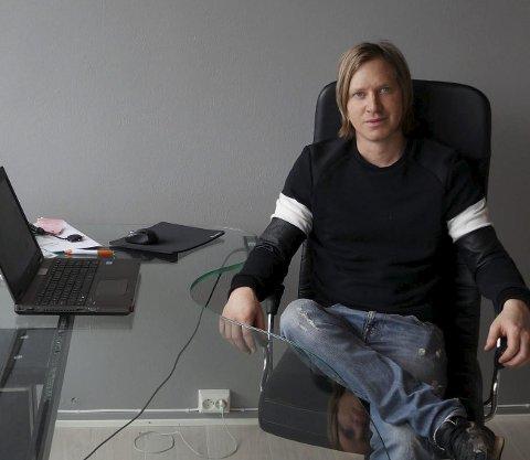 TOMTESALG: Lars Erik Mathisen ønsker å selge næringstomt i Mohagen.