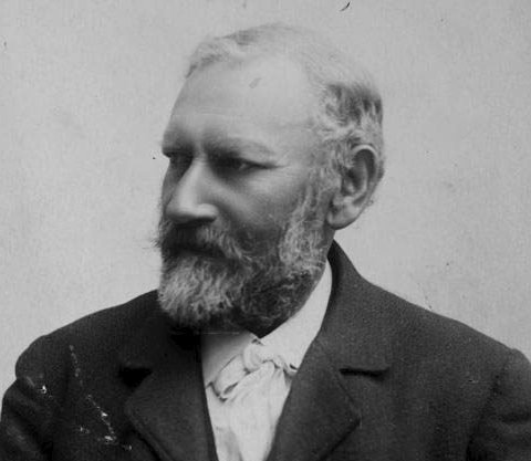 Etterlysing: Er det noen av våre lesere som har foto signert Johan von der Fehr d.e.? Foto: Selvportrett, arkiv: Brosings samling/UiB