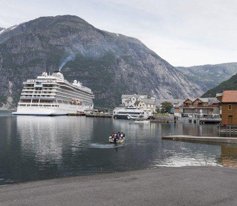 EIDFJORD: Populær cruisehavn i Hardanger. Her fra et av mange tidligere cruisebesøk.