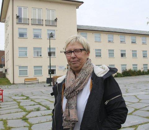 SKUFFET: Wenche Pedersen synes det var dårlig av Vadsø kommune å ikke være med på høringen om regionreformen. Foto: Henriette Baumann
