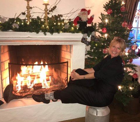 GOD JUL: Henny Bråten har servert julemat i to måneder. Nå gleder hun seg til ferie og rolige dager med familien.