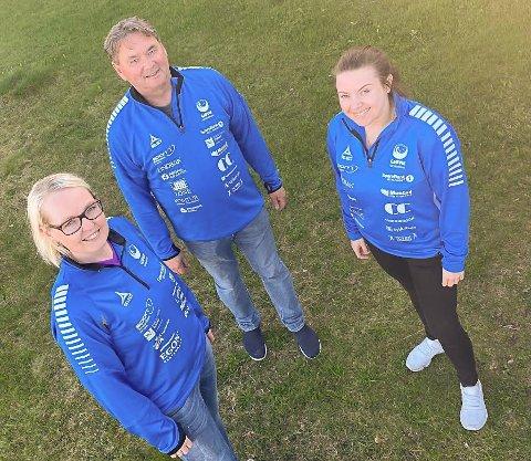 KLARE FOR NYE MÅL: Nyvalgt leder, Steffen Csirmaz, sammen med Anne Kari Balke (t.v.) og kontorleder i Gjøvik HK, Lisa Bratberg Balaban.