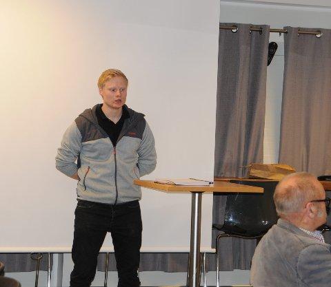 Mange tilbud: Vebjørn Kompen snakket om ungdomsrådet og den jobben som legges ned der.