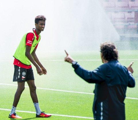 Talent: Anas Farah Ali (16) håper debuten i OBOS-ligaen kommer i løpet av høsten. FOTO: Erik Hagen