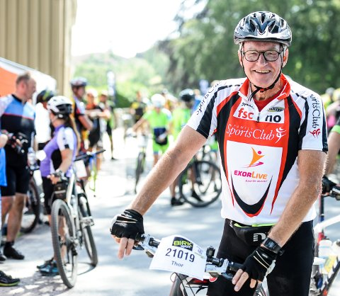 SPREK 71-ÅRING: Thor Grimstad (71) syklet Grenserittet Midt, hans femte deltakelse i sykkelfesten.