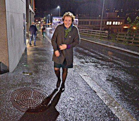 HJEM FOR Å SOVE PÅ DET: Kari Anne Sand var trøtt, men glad da hun ruslet på hjemveien like over midnatt.