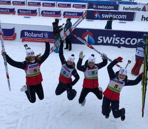 HOPPENDE GLADE: Bronsekvartetten. Fra venstre: Åsne Skrede, Juni Arnekleiv, Mari Wetterhus og Marthe Kråkstad Johansen. FOTO: PRIVAT