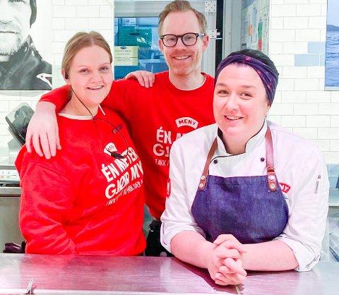 Assisterende butikksjef Silje Hegdahl, butikksjef Christian Berre Bassøe og ferskvaresjef Linn Michael hos Meny Sverresborg.