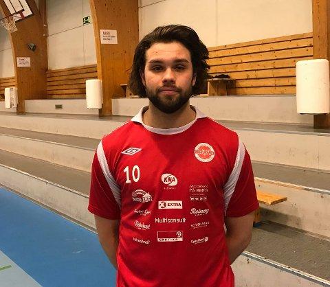 14 MÅL: Morten Schjølberg Forøy banket inn 14 mål i dagens kamp. Selv mener han forsvarspillet var dagens store problem for Bravo.
