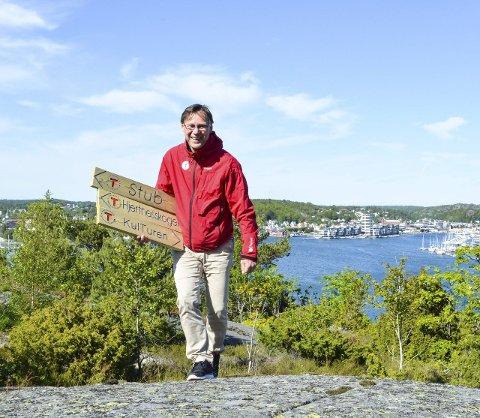 Ut på tur: Ragnad Standal i Sandefjord og Opland Turistforening anbefaler folk å koble av med en trimtur i en av de fem turløypene i sentrumsområdet. Foto: Eivor Jerpåsen