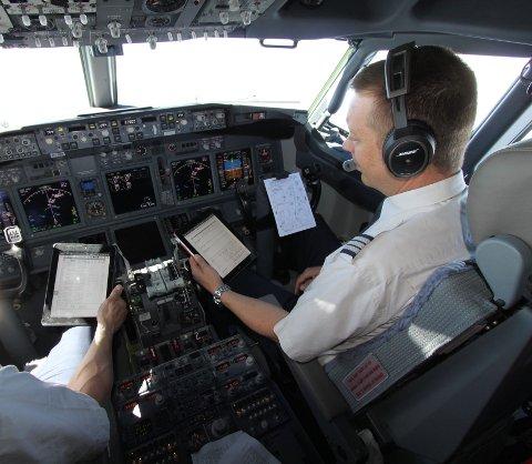 Pilotene bytter ut papir med elektronikk.