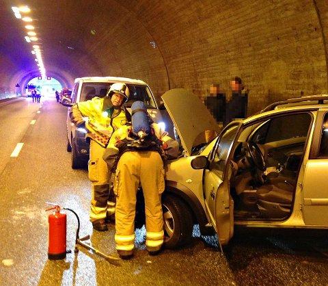 E18 ble stengt i over to timer som følge av tunnelulykken.