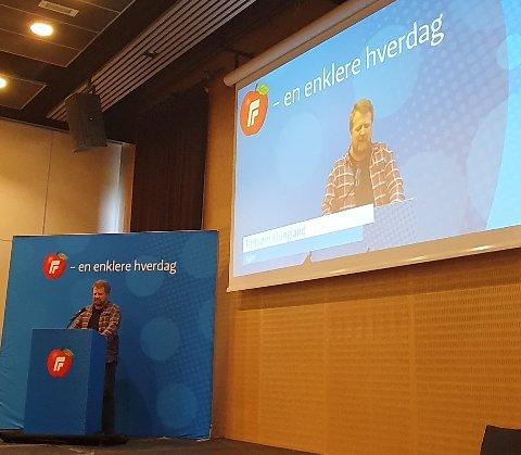 TALTE TIL LANDSMØTET: Torbjørn Klungland mener Frp bør sette hovedfokuset på nye ting fremover og se på egne strategier.