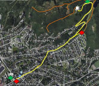 Naturvernforbundet i Salten foreslår førerløse biler og busser i skytteltrafikk til Rønvikfjellet. Den gule linjen viser en tenkt trasé fra Rønvik og opp.
