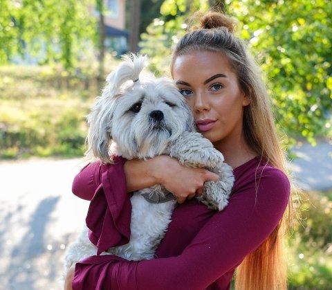 MISSE-KANDIDAT: Den 19 år gamle Fredrikstadjenta Annie Fredriksen stiller sammen med mer enn 100 andre jenter i Miss Norway 2018.