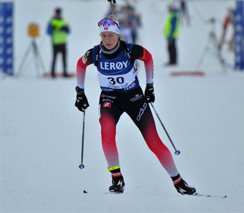 PÅ PALLEN: Marit Ishol Skogan beviste at hun har tatt seniornivået da hun skøytet inn til en tredjeplass i norgescuprennet på Geilo.
