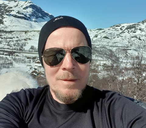 ENGASJERT: Hytteeigar i Vang, Øystein Vangsnes, engasjerer seg for å skape omsetning og aktivitet hjå lokale bedrifter. No har han kome med eit nytt initiativ.