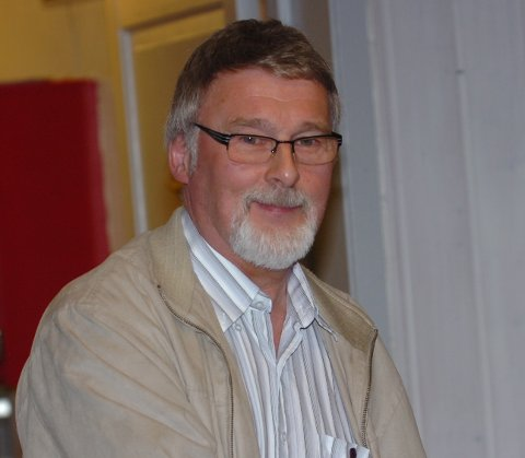 DOBBELVERV I 27 ÅR: Karl Oskar Hagen satt som regnskapsansvarlig og i anleggskomiteen i NIL Tennis i perioden 1990-2017.
