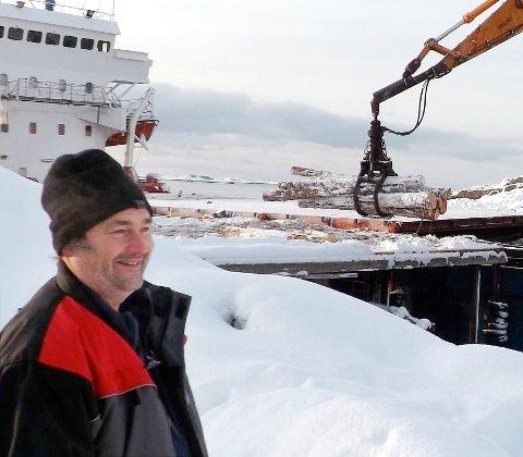 Skogbruksleder i Allskog, Finn Olav Dahl, er tilfreds med at avvirkingen i Vestbygda er kommet i gang. (Foto: Kurt Bjerklund)