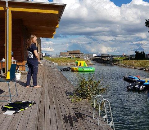 STOPPER ALL AKTIVITET: Elisabeth Berentsen, ansvarlig for RS Ung i Redningsselskapet, ser også fram til at frivillighetsarbeidet kommer igang igjen.