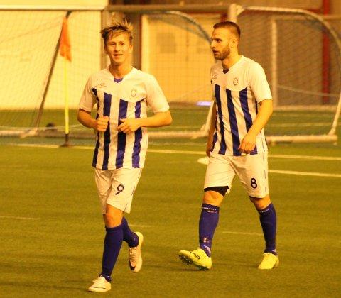 Marcus Moberg og Shkodran Dinas møtte sine overmenn i Fjellstrand i semifinalen i Romjulscupen.
