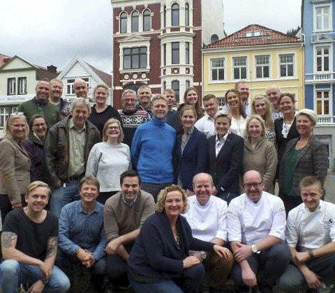 20 verksemder: Alle dei tjue utvalde vestlandsverksemdene var samla til smaksverkstad i Bergen i slutten av oktober. Foto: Marit Hjortung/fylkesmannen