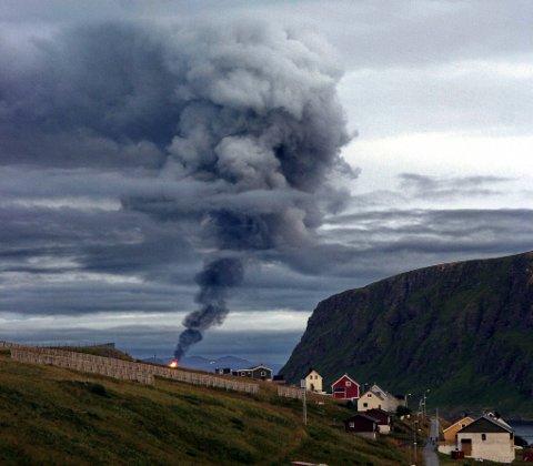 MELKØYA: Store røykskyer over Hammerfest i tiden etter åpningen av Melkøya i 2007