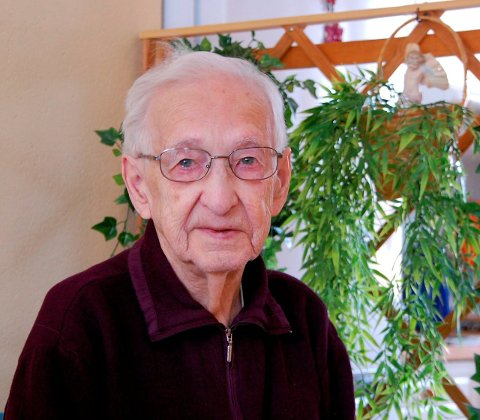 HEDRET: Gunnar Myklevik får minnemedalje for sin innsats under andre verdenskrig. Det gjør også Alf Johansen fra Flakstad. Arkivfoto