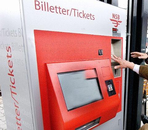 Feil mynter: Billettautomaten ga syriske mynter i stedet for 20-kroninger i retur.Arkivfoto