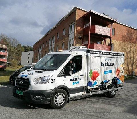 LYDNIVÅ: Isbilen mottar klager på både høy og lav lyd fra befolkningen.