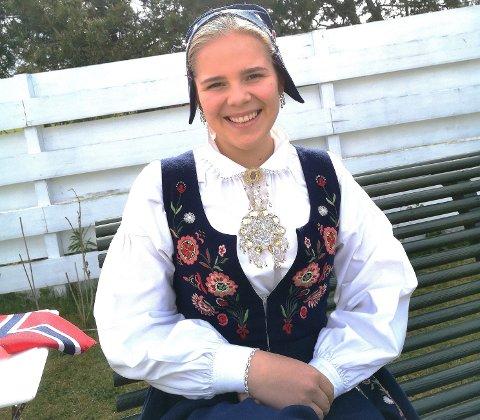 MUSIKKDRØM: Jenny Kval (18) drømmer om å leve av musikken i framtiden.