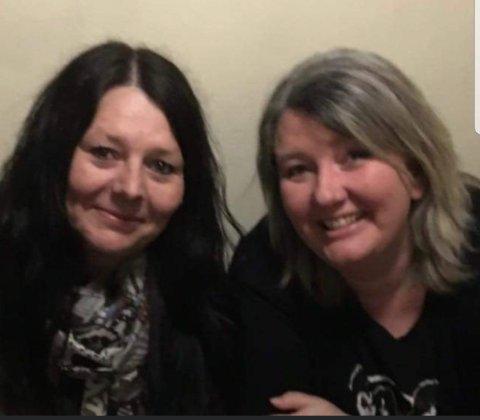 Laila Irene Pedersen (52) og Sonja Helene Skaug (50) håper noen der ute kan bidra med opplysninger, slik at de kan komme i kontakt med deres ukjente bror rett etter fødselen på Sarpsborg sykehus 7. mars for 54 år siden.