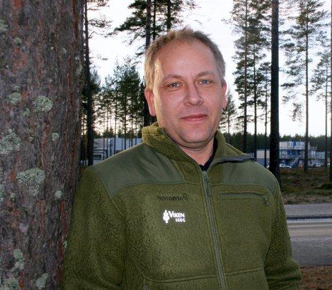 ADVARSEL: - Jeg vil advare folk, men ikke skremme dem fra å ferdes i naturen, sier Håkon Bingen.
