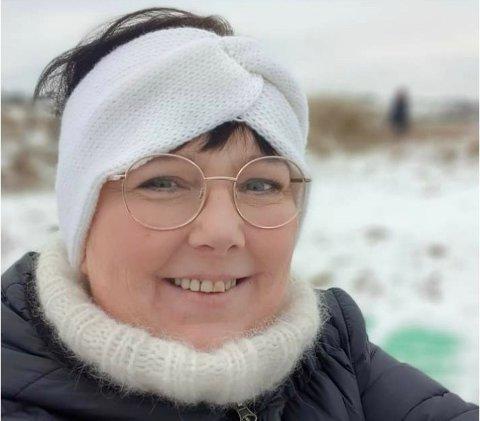 ENDELIG: Nå slipper Dyrebeskyttelsen Norge Haugaland å hente rømte og skadde dyr i privatbil. Det er nestleder Elisabeth Leirvoll (52) glad for.