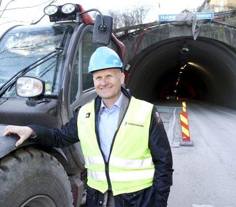 Ny fylkesvei: Tidligere fylkesordfører Rune Hogsnes (Høyre) har vært klar på i mange år nå at ny vei må komme. Foto: Pål Nordby