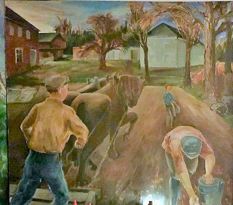 GÅRDSDRIFT: En scene fra gårdsdrift i Holmestrand på 1930-tallet.