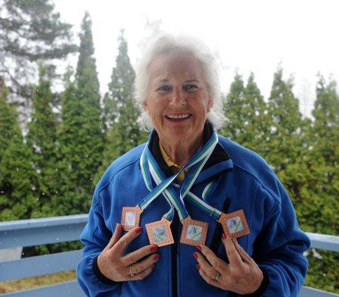 EDELT METALL: Karin Madsen tok fire bronsemedaljer i Russland.