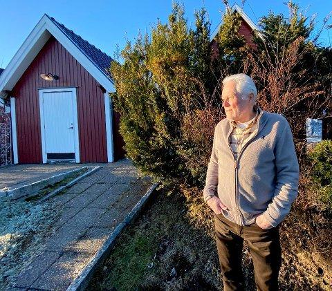 SVINDLET: – Det er 2,3 millioner kroner som er underslått, og så kommer det en del kostnader i tillegg, sier Helge Pedersen.