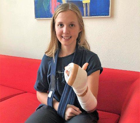 KRASJET: Silje Mathisen pådro seg to brudd i hånda, kragebensbrudd, hjernerystelse og to utslåtte tenner etter en stygg velt i et belgisk World Tour-ritt.