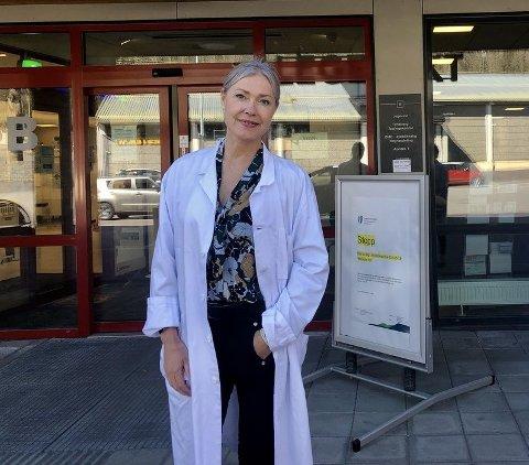 MERKER GJENÅPNINGEN: Men det var ikke fyll og vold som preget pasientlistene på legevakta i Tønsberg i helga, ifølge virksomhetsleder Cathrine Aagaard-Nilsen.