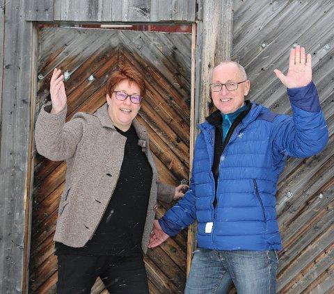 FESTIVALTRADISJON: Festivalleder Elin Viken og leder i Bergstadkoret, Håvard Kaald, samler 360 sangere på Røros til helga.