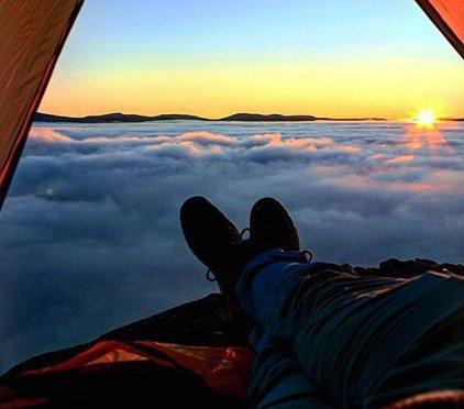 GOD MORGEN: Luftig soloppgang. Foto: Per Johan Olsen