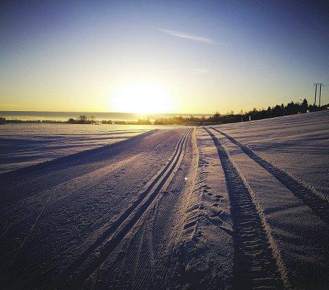 Idyllisk: Ut på skitur i helgen kan bli en flott opplevelse, hvis det blir et vær som dette. Arkivfoto: Kent-Ivar Sollund