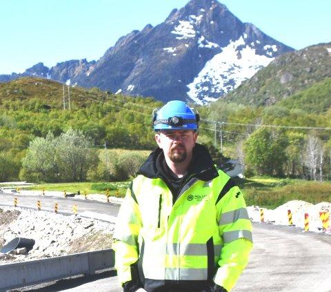 SATSER: Selv om Sten-Tore Markussen har etablert Markussen Service vil han fortsette i jobben som anleggsleder i Holdahl.