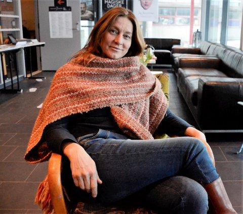 Nina Bendiksen: Den allsidige skuespiller/musiker/produsenten kommer til Hemnesberget og Jernvarenmed sitt nye musikalske prosjekt.
