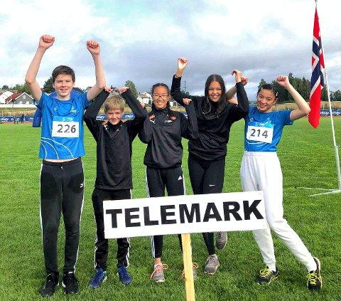 TELEMARK: Denne rjukangjengen representerte Telemark i helga. Fra venstre : Torolf Grimstad, Jens Samuelsen, Alicia Tambac, Malin Delos Santos og Maiken Delos Santos