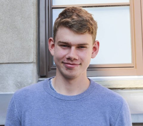 Stian Korsmo (18) fra Ørje: Det må bli skapt flere arbeidsplasser og bedre tjenester slik at det er noe å komme tilbake til. Det er viktig at det finnes en jobb for meg.