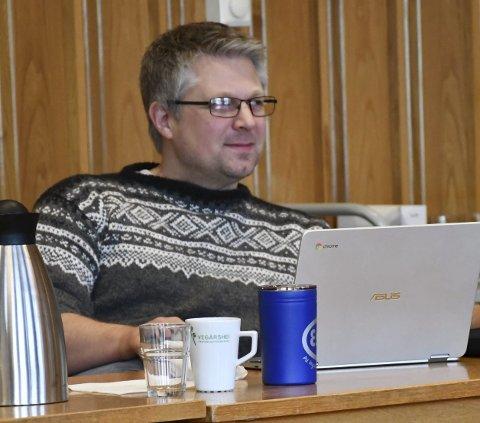 Flertall: Are Garthus (KrF) har vært med i veiutvalget. Han la tirsdag kveld frem forslaget på vegne av Høyre og KrF som fikk flertall. Arkivfoto